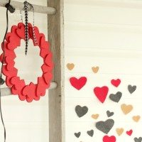 Felt Heart Valentine's Day Swooping Collage Wall