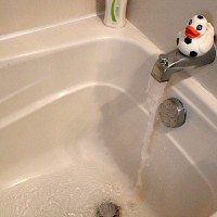 One Simple Trick to Unclog Your Tub Drain