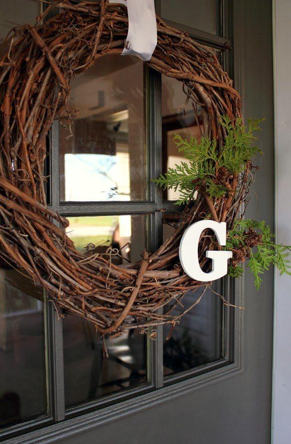 Easy DIY Christmas wreath ideas. The Creek Line House.