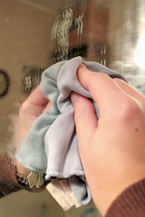 This amazing trick will keep your bathroom mirror fog free.   Did it work?