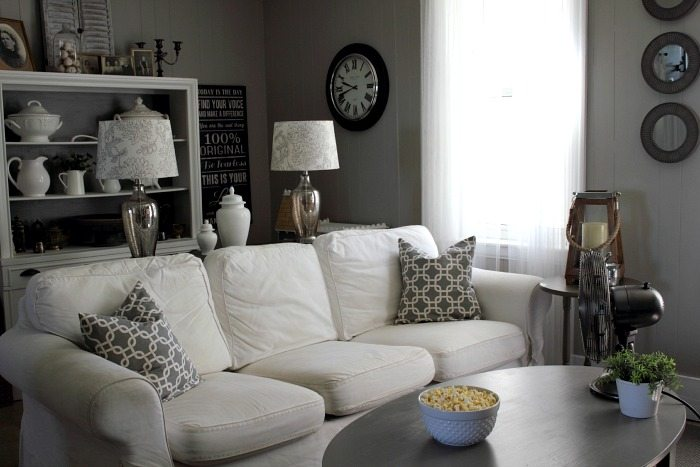 paint colors and decor sources for this easy peasy neutral living room