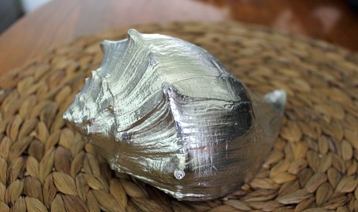 Turn almost any object you can think of into a silver-plated work of art with this crafty 2 minute trick