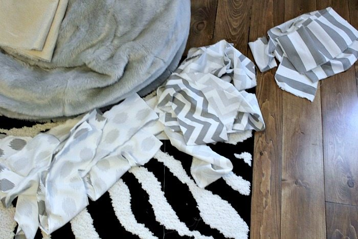 How to make an easy DIY bedskirt that looks really tailored and fancy!