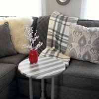 Easy Holiday Painting Project: Quick Stripey Table Fix-Up