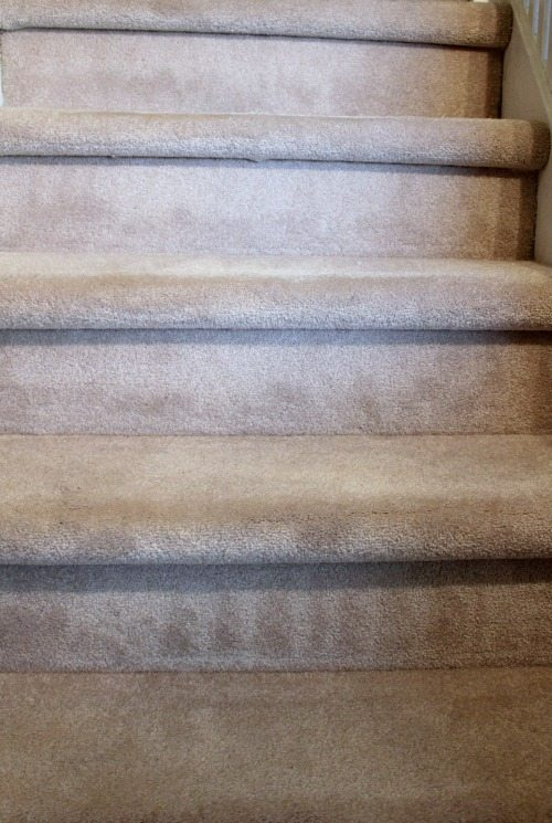 How to do a really great job of vacuuming your stairs! Mine used to always look terrible before this!