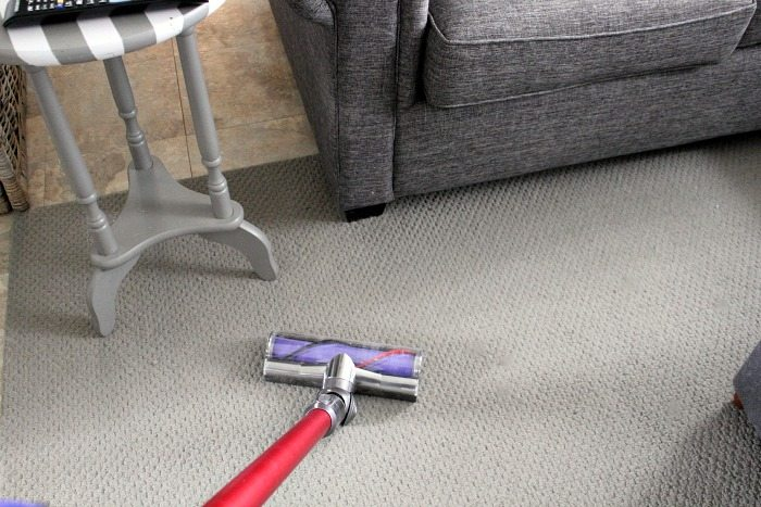 Vacuum cleaner attachments can be pretty confusing, especially if your vacuum comes with a lot of really fancy ones like my Dyson. Here's a run down of what each Dyson attachment does!