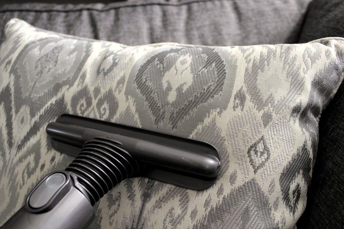 Vacuum cleaner attachments can be pretty confusing, especially if your vacuum comes with a lot of really fancy ones like my Dyson. Here's a run down of what each one does!