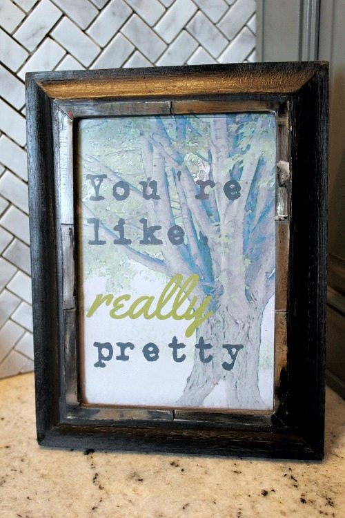 Make your own stylish printable artwork for your home using your favorite quote!