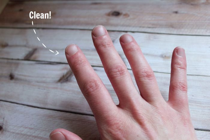 Here are the two quickest and easiest ways to get spray paint off your fingers, hands or any other skin using products you already have in your home.