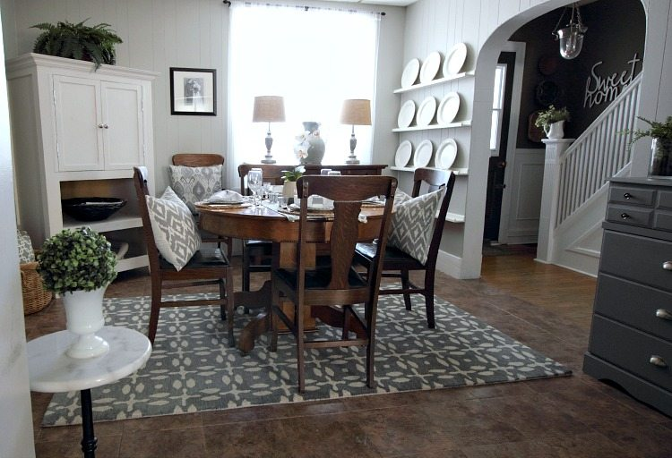 Farmhouse Paint Colors That Always Look Good With Everything The Creek Line Houses Whole Home In Dining Room
