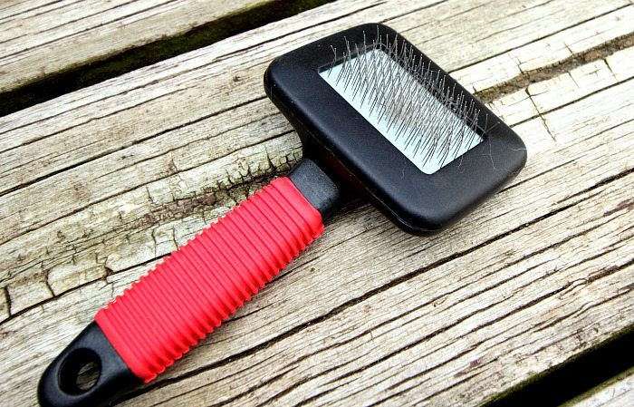 You'll never get tired of the cute, cuddly companionship of your pets but you could definitely do without the mess of pet fur throughout your home. Cat Brush.