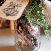 Christmas Gift-in-a-Jar Ideas for everyone on your list!