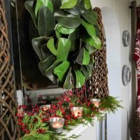 Christmas Decorating for Homes with No Mantel!