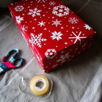 How to Wrap the Perfect Christmas Present