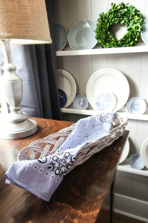 This simple thrift store decorating trick will make finding that perfect decor item for your home and style so much easier and cheaper.