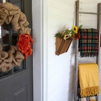 How to Make a Big, Puffy Burlap Wreath