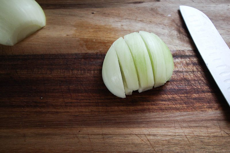 How to dice an onion quickly, easily, and efficiently!