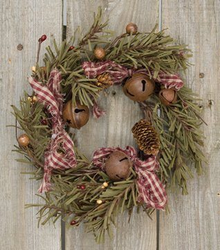 Beautiful and Affordable Farmhouse Christmas Decor Ideas Under $25