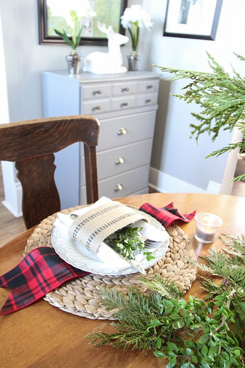 Backyard Christmas Greenery - A Table Setting