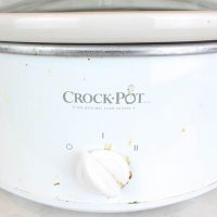 How to Properly Clean a Crock Pot