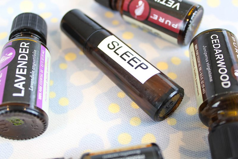 Try this easy rollerball recipe for sleep - This works!