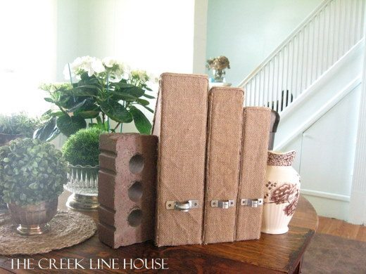 My very favourite ways to decorate for free! Magazine Organizer
