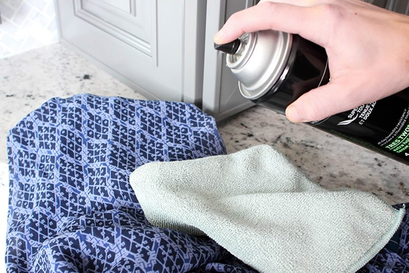 How to Remove Pet Fur From Clothing - Step 1
