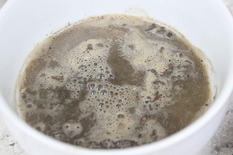 Use Vinegar to Test for Alkaline Soil