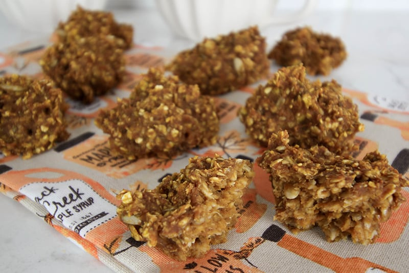 Try this recipe for super healthy pumpkin breakfast cookies for a fun seasonal breakfast idea this fall!