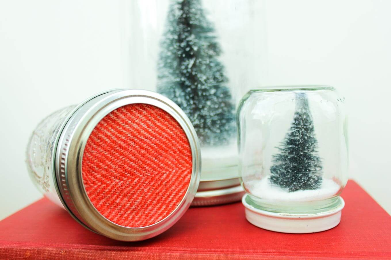 Fun and Easy Mason Jar Ideas for Christmas!