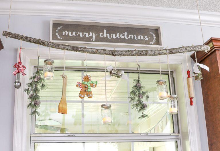 Fun and Easy Mason Jar Ideas for Christmas!
