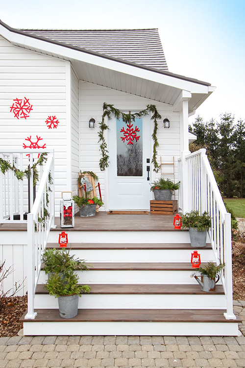 DIY cedar garland on the side porch