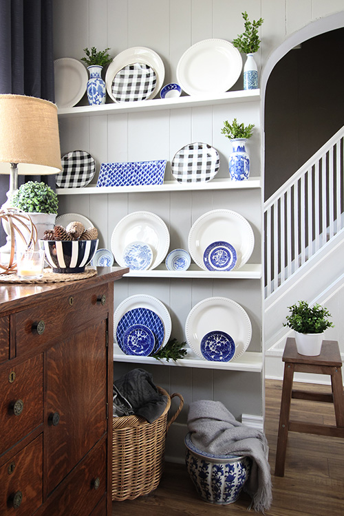 Thrift store home decor finds: Blue and white
