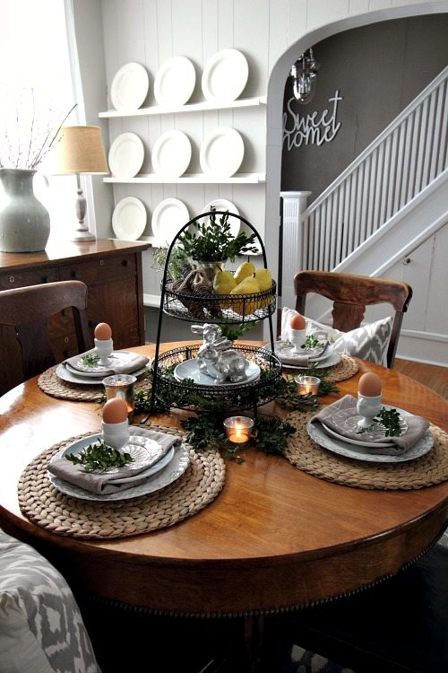 IKEA farmhouse decor finds: Round woven placemats
