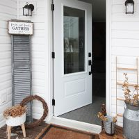 Clever Oversized Shutter Farmhouse Decor