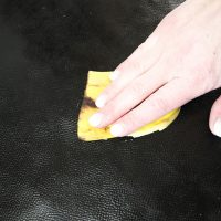 The Banana Peel Leather Polish Trick