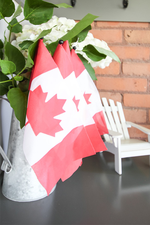 In today's post I'm sharing some fun Canada Day decor ideas for a mudroom or entryway for all of my fellow Canadians to enjoy, just in time for Canada Day!