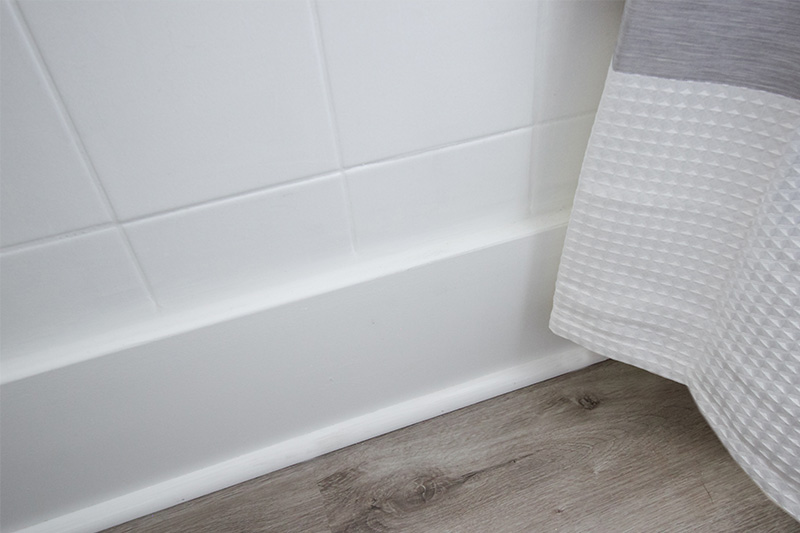 If you're looking to upgrade your bathroom on a budget, here are some clever tricks that can help you make the most of what you already have!