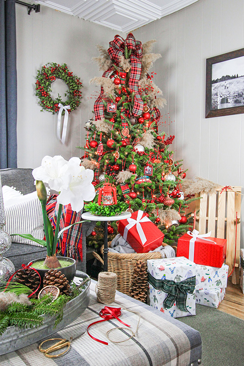 Avoid These Christmas Decorating Mistakes