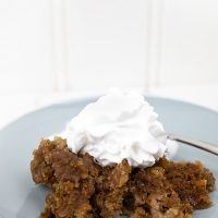 Slow Cooker Apple Pie Dump Cake