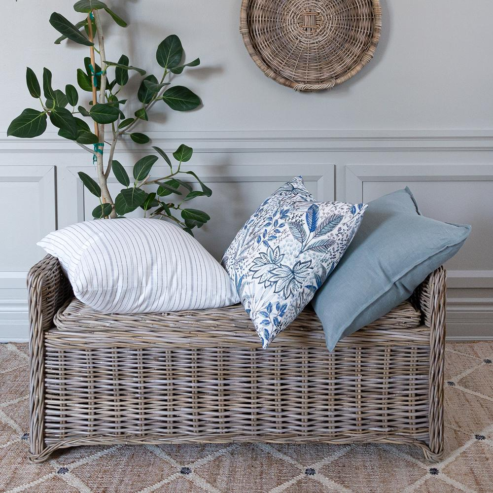 Purveyors of classic home decor are becoming easier and easier to find, but most of my favourites have always been American stores, which often don't ship to Canada, so I did a little research. Here's where to shop for classic home decor in Canada!
