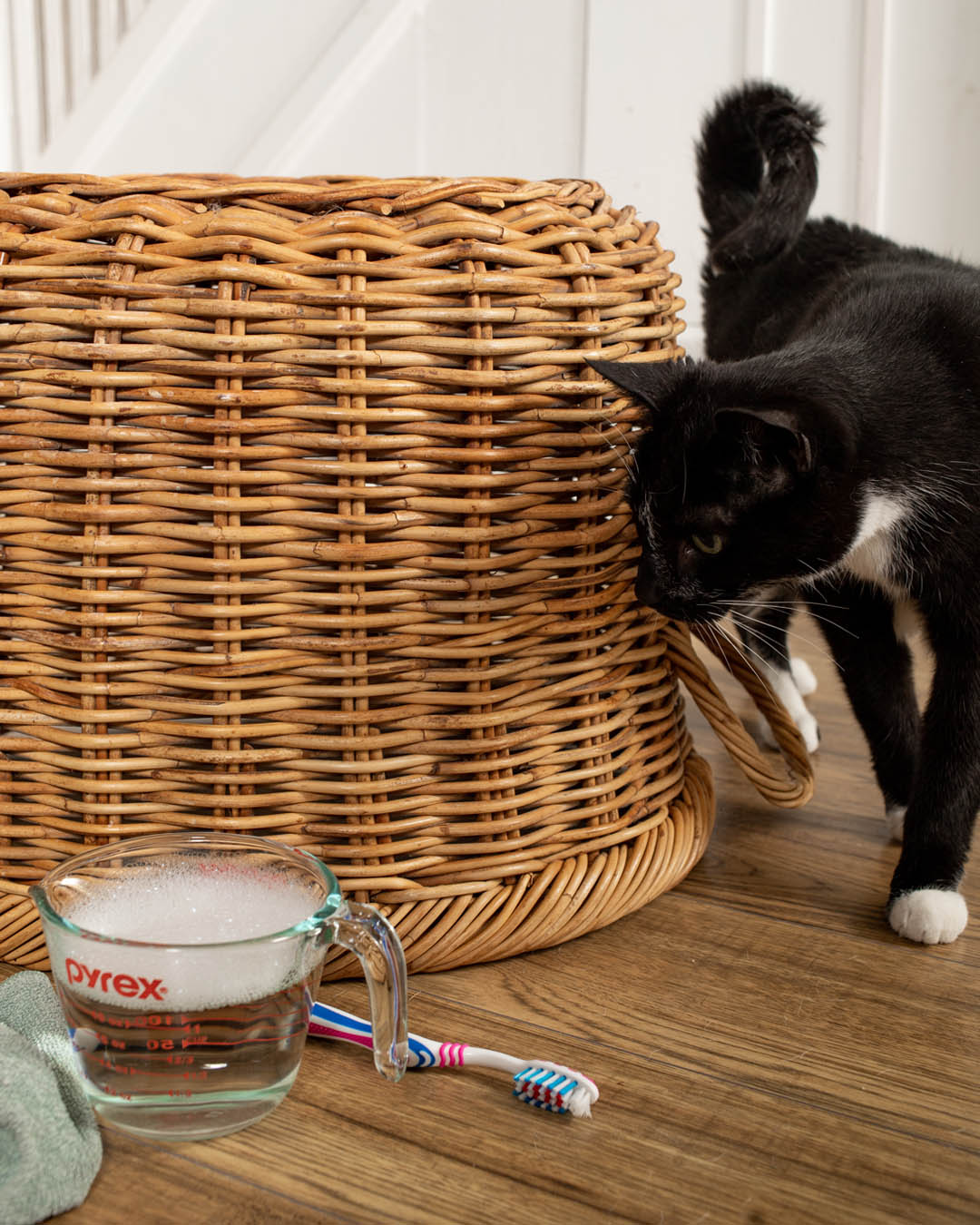 Wicker baskets add both beauty and functionality to a home and they're one of my favourite home decor items ever. They can also collect a lot of dust and grime over the years when you look at them closely! Here's how to clean wicker baskets!