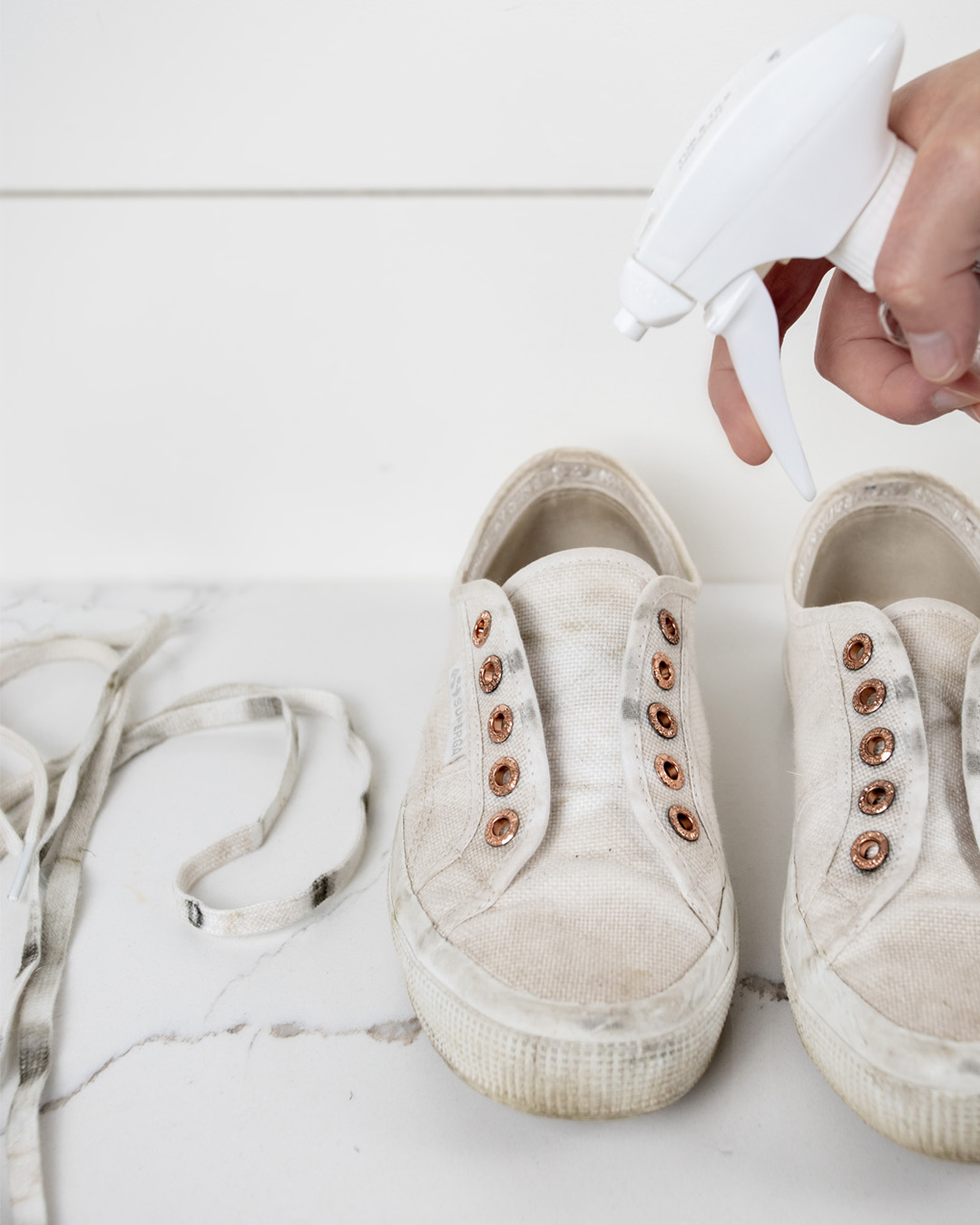 In today's post we'll talk about the most effective way to clean white canvas sneakers and get them back to almost as good as new!