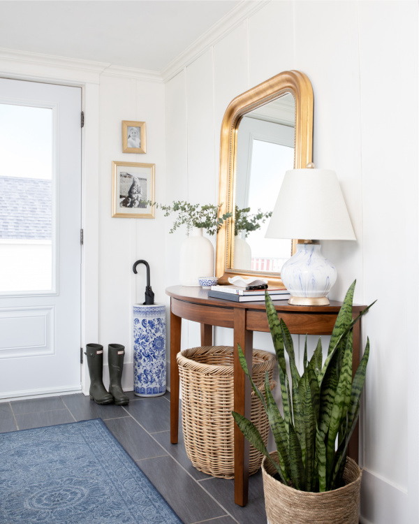 Use this list of what to clean in April as your simple guide to what jobs need to be tackled this month around the house.