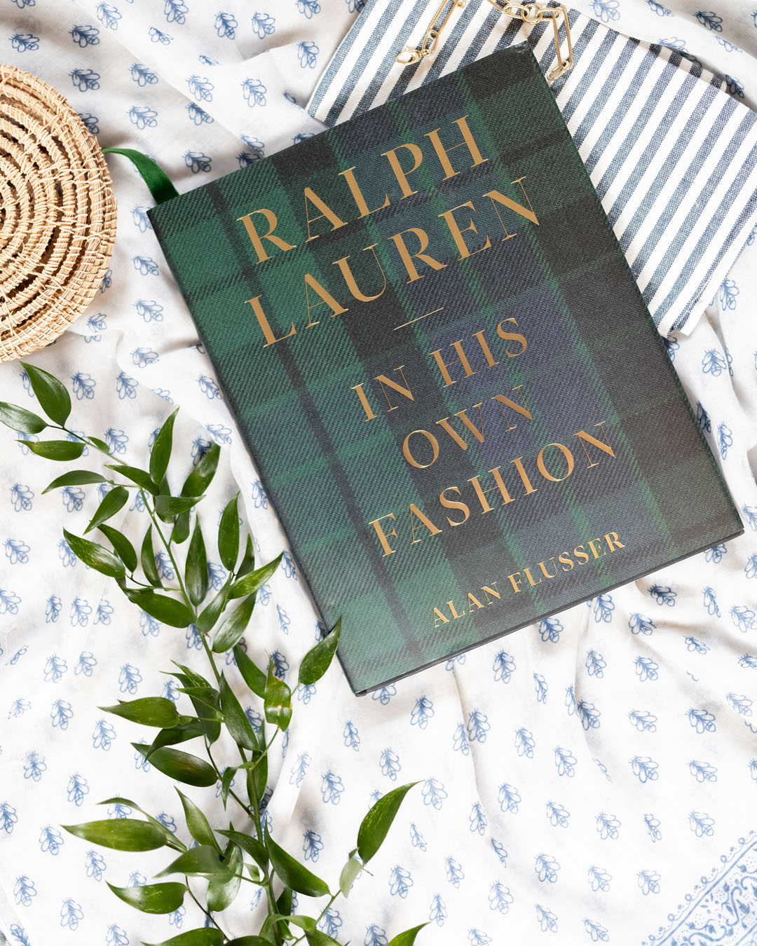 In today's post I'll share my thoughts on the book Ralph Lauren: In His Own Fashion. If you've been curious about this one, read on!