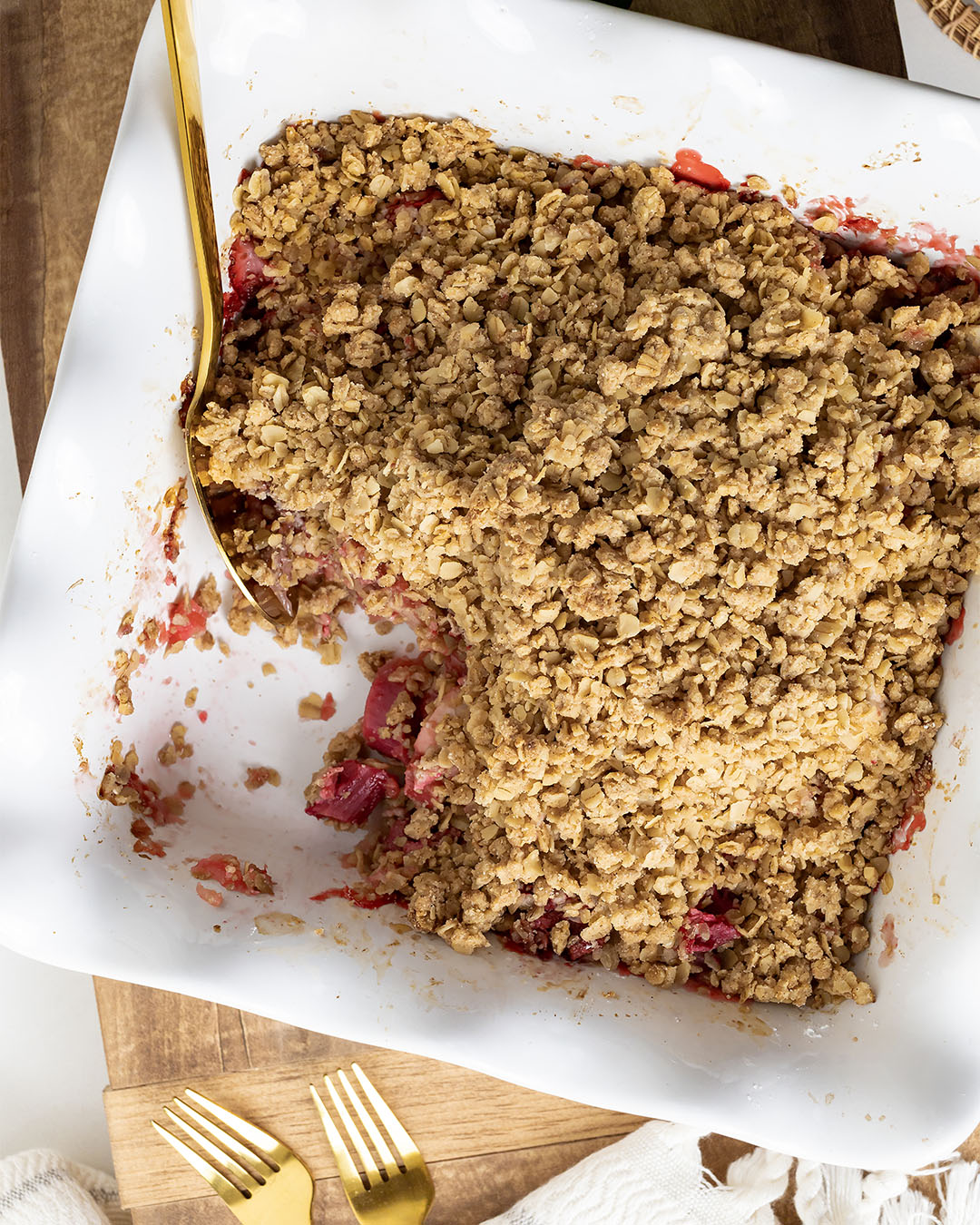Rhubarb season is in full swing around here! I decided that the first thing I would bake this year is this strawberry rhubarb crisp recipe and I'm sharing it below if you need a new rhubarb recipe to try!