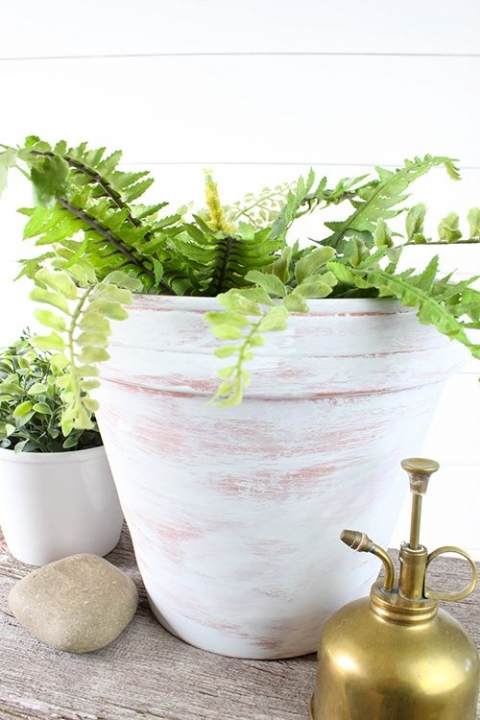 How to Age Terra Cotta Pots With Paint – The Creek Line House